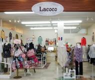 スタイルにとらわれないプラス楽しいセレクトのお洋服屋 +Lacocoは年齢やスタイルにとらわれないカジュアルでフェミニン×ハードなセレクトショップ♪