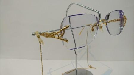 K18ダイヤ入りメガネのオンリーワンメガネ